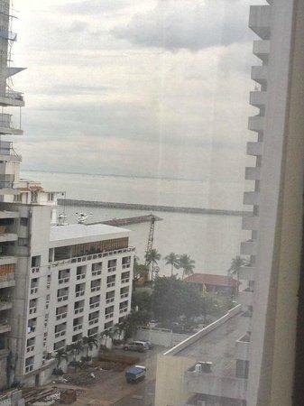 Armada Hotel Manila: Bay view