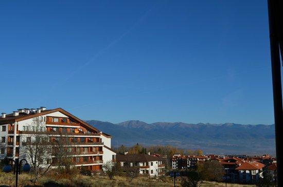 Green Life Ski & Spa Resort: Πλαινή θέα.