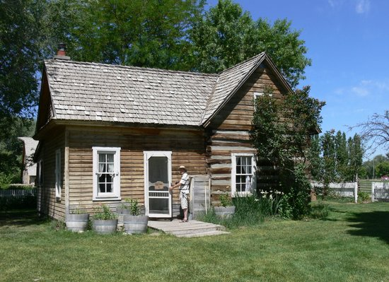 American West Heritage Center: 1920s house