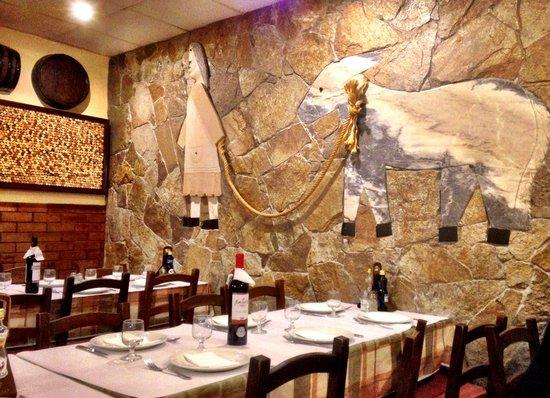 Best Albufeira restaurants - Shows Restaurante Churrasqueira Beira