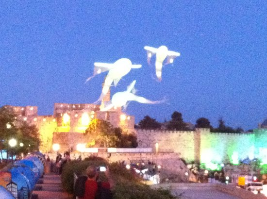 Touring with Baruch - Tours: light festival in Jerusalem