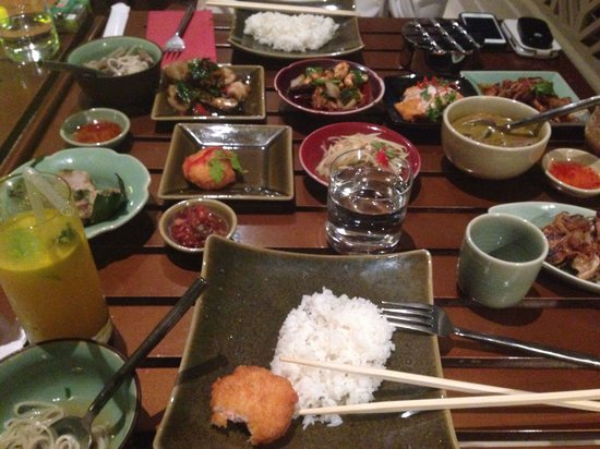 Isaan Thai Restaurant : Our set menu prder