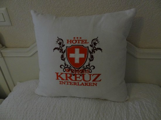 Quarto Hotel Weisses Kreuz, Interlaken