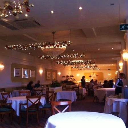 Saunton Sands Hotel: Gorgeous dining room