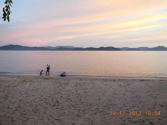 Vivanta by Taj Rebak Island, Langkawi: Beach