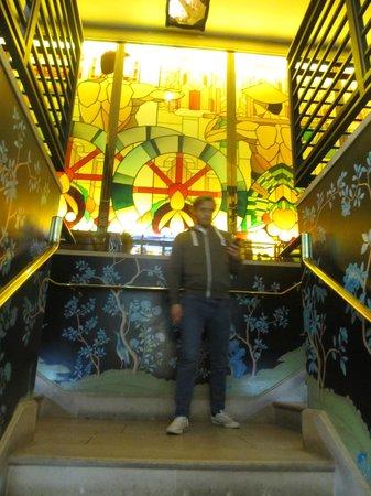 China Tang at The Dorchester: Stairs to China Tang