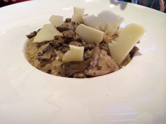 Le Saint-Tropez French Restaurant & Bar: Risotto aux champignons et a la truffe