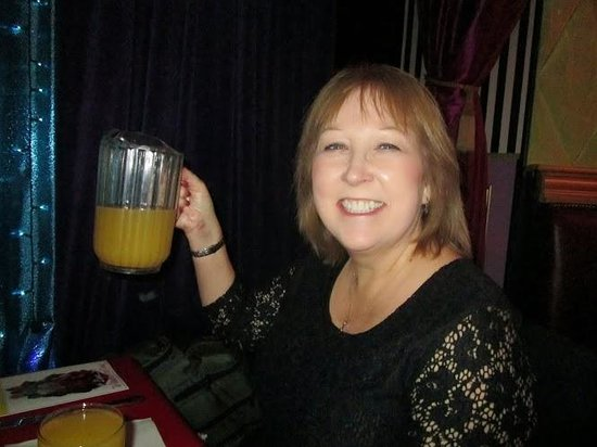 Lips: Sher with a pitcher of fabulous mimosa