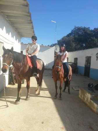 Albufeira Riding Centre: Chris Bedford and Donna Woolley thank you very much!