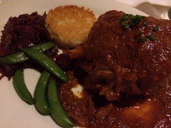 Cafe Coconut Cove: Pork Shank!