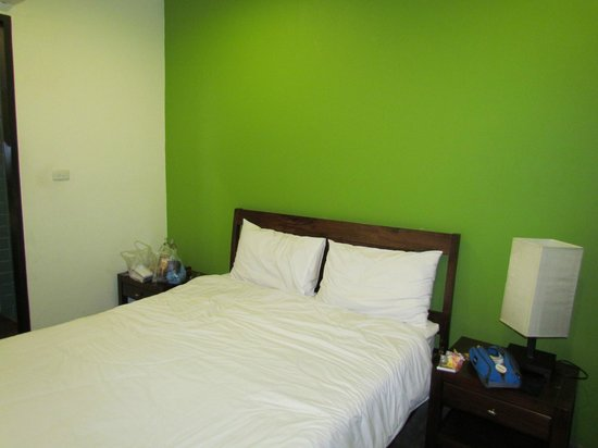 Udee Bangkok Hostel: double with private ensuite