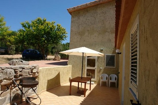 Aldo Bed & Breakfast Arzachena : barbeque bed and breakfast arzachena aldo