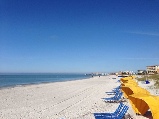 Madeira Beach: Soft sand that is raked weekly