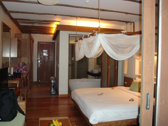 Metadee Resort and Villas : Room