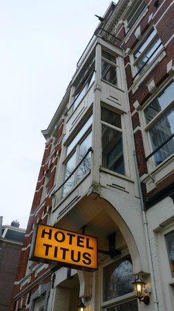 Hotel Titus: Fachada do hotel 2