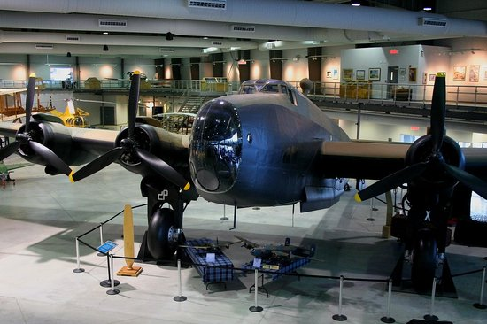 National Air Force Museum of Canada : Handley Page Halifax