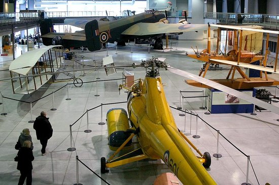 National Air Force Museum of Canada : view from mezzanine