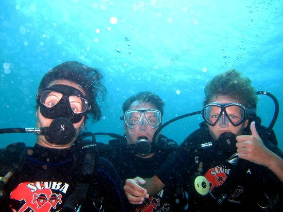 scuba addicts family
