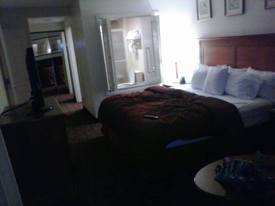 Homewood Suites by Hilton Edgewater - NYC Area: 1 bedroom Jacuzzi suite 12/13