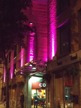 Premier Inn London Kings Cross Hotel : esterno