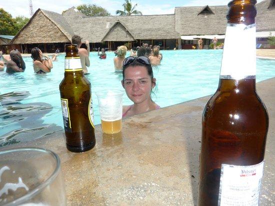 Reef Hotel : Tanga Bar n Grill