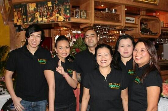 Bai Tong Thai-Restaurant: baitong team