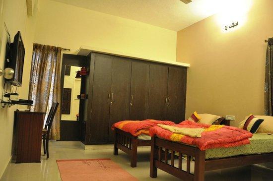 Bhuvi Serviced Apartments Velachery Room 3 View