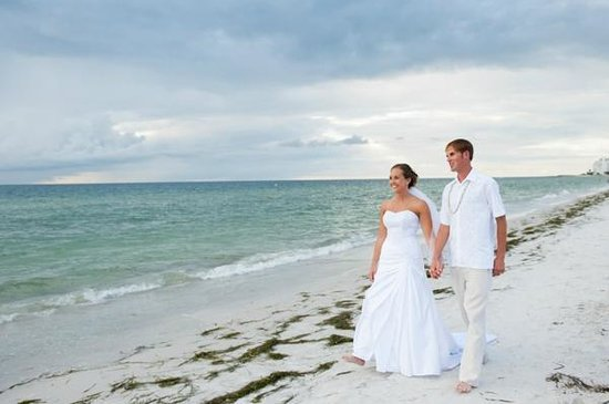 """TradeWinds Island Grand Resort: After saying """"I DO"""" on the South Beach"""