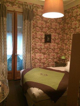 Hotel Villa Rivoli: Самый простой номер