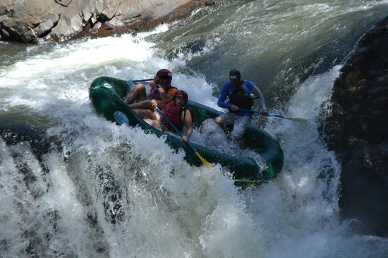 Desafio Adventure Company - Day Tours: White Water Rafting in Costa Rica