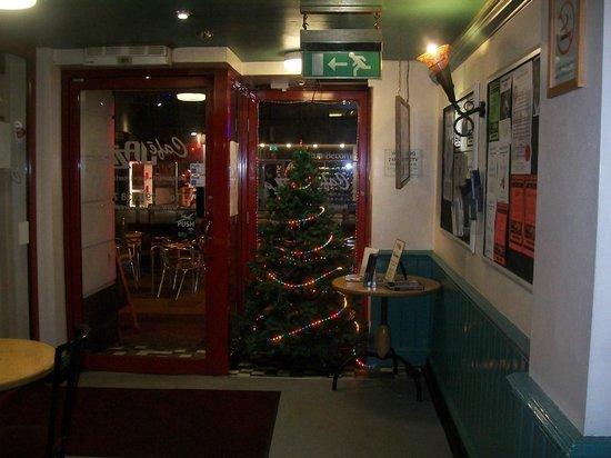 Sandringham Hotel: oh christmas tree oh christmas tree