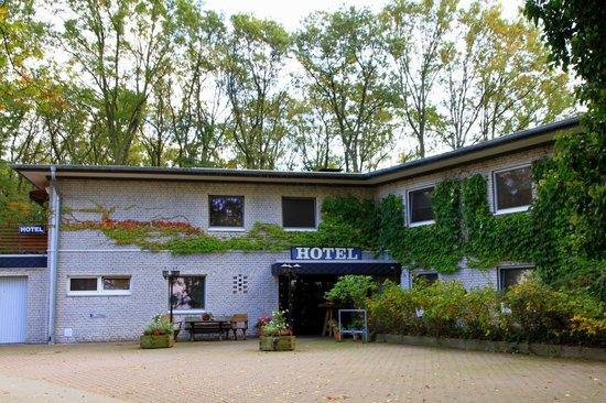 Hotel Am Springhorstsee: Hotel
