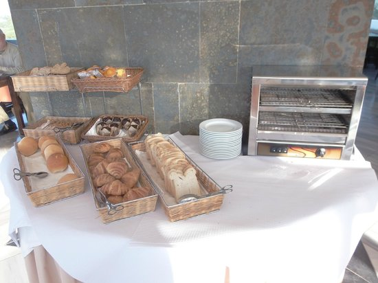 Velamar Budget Boutique Hotel: Breads and pastries