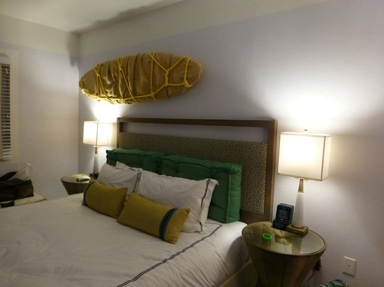 Kimpton Surfcomber Hotel: chambre