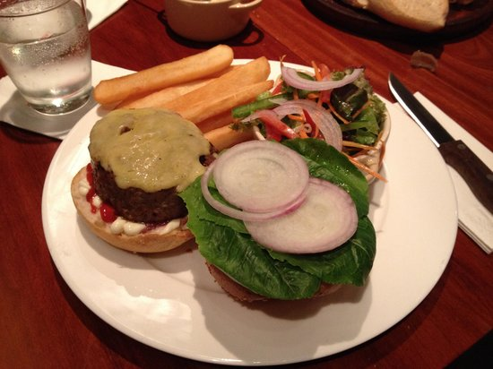 El Gaucho Argentinian Steakhouse: Awesome burger
