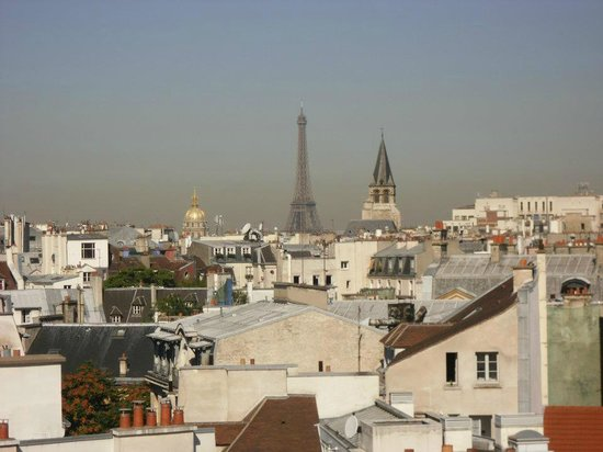 Holiday Inn Paris - Notre Dame: Eiffel Tower RoomView