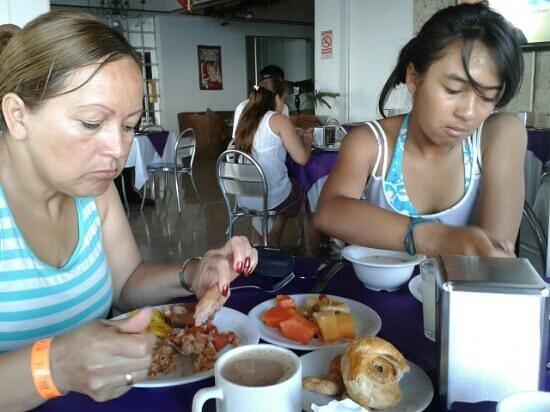 Hotel Lord Pierre : desayuno