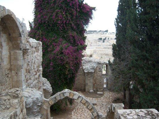 Jewish Quarter: Ruins at the western wall