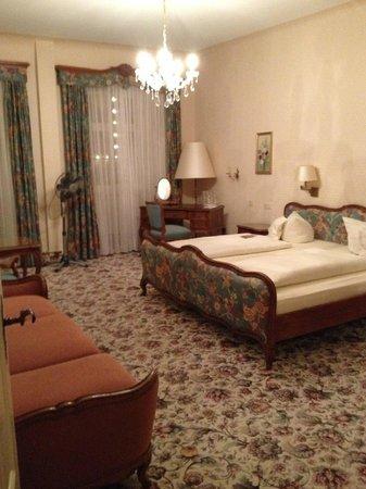 Hotel Eisenhut: Улучшенный двухместный номер