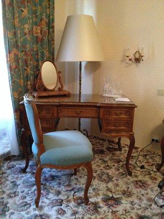Hotel Eisenhut : Улучшенный двухместный номер