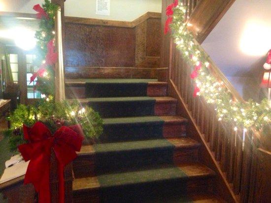 Lakeside Inn : Christmas at the Inn