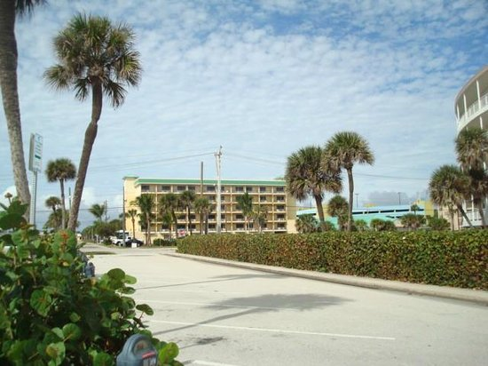 Comfort Inn & Suites Port Canaveral Area: back of hotel,, 1 block from beach