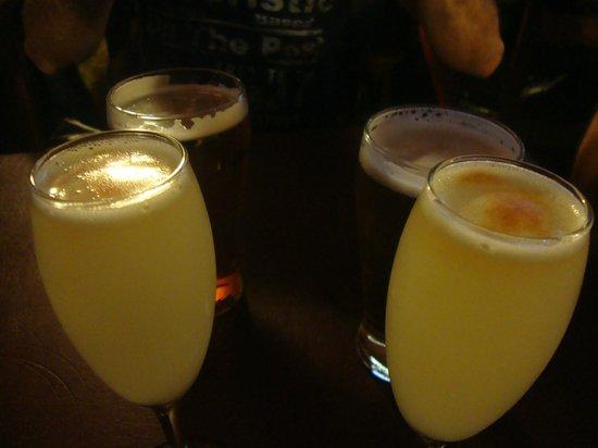 The Black Rock Pub: pisco sour para iniciar a noite