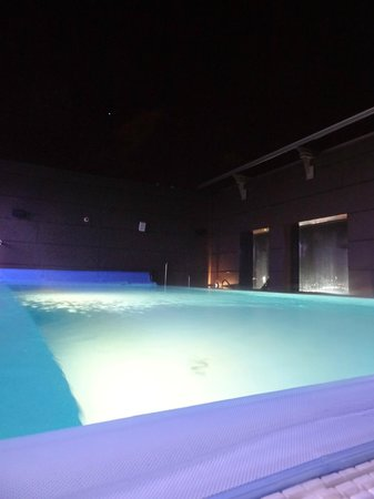 Clarion Hotel Post : roof top pool