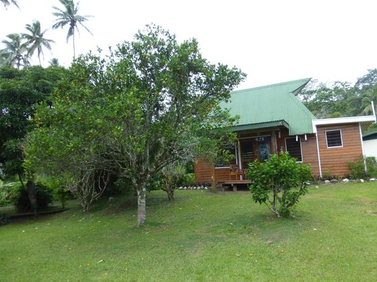 Daku Resort: Bure with nice front porch
