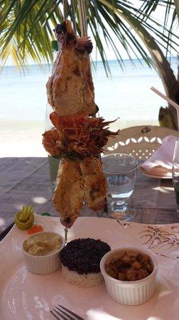 Idylle Beach : brochettes poisson/camaron