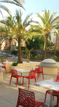 Residence Nice Fleurs: la terrasse-jardin plein sud