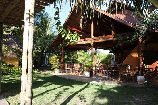 Pousada Mangabeiras: Frühstück und Abendessen im Freien