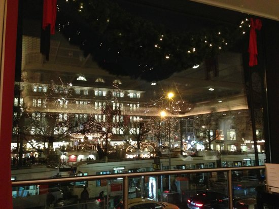 Good view of the Christmas Market - Picture of Brasserie \