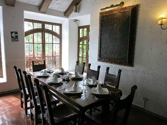 Jose Antonio: Nice table set